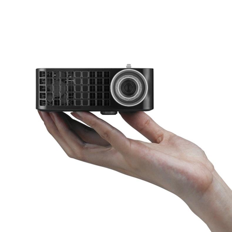Dell M115 HD projector