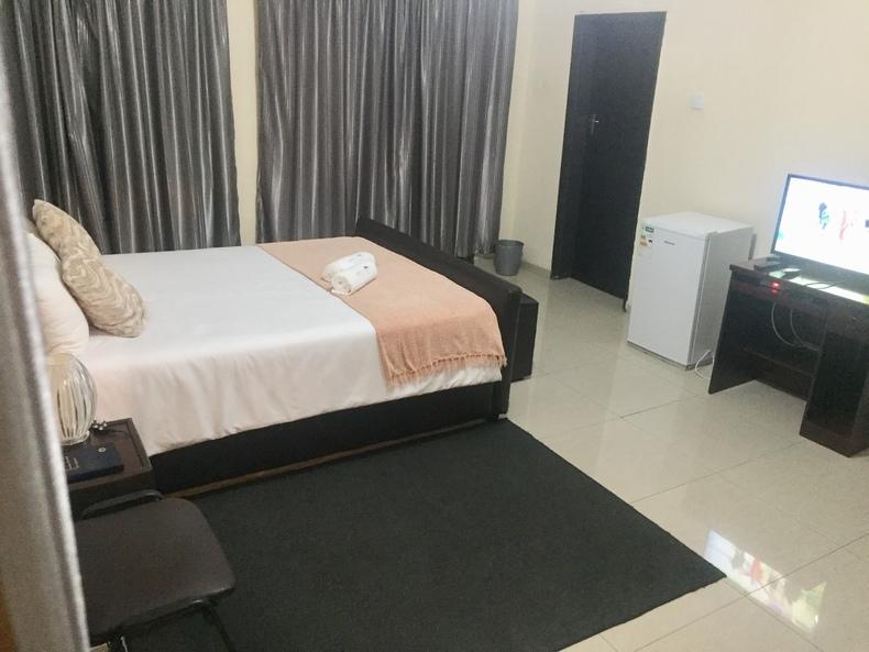 Lovely 7 Bedroom Furnished for rent/commercial