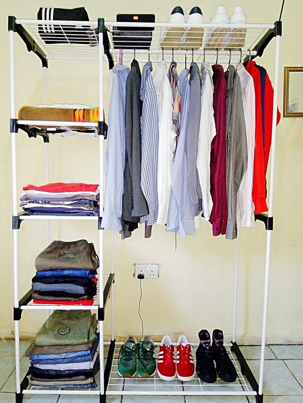 Portable wardrobe in white