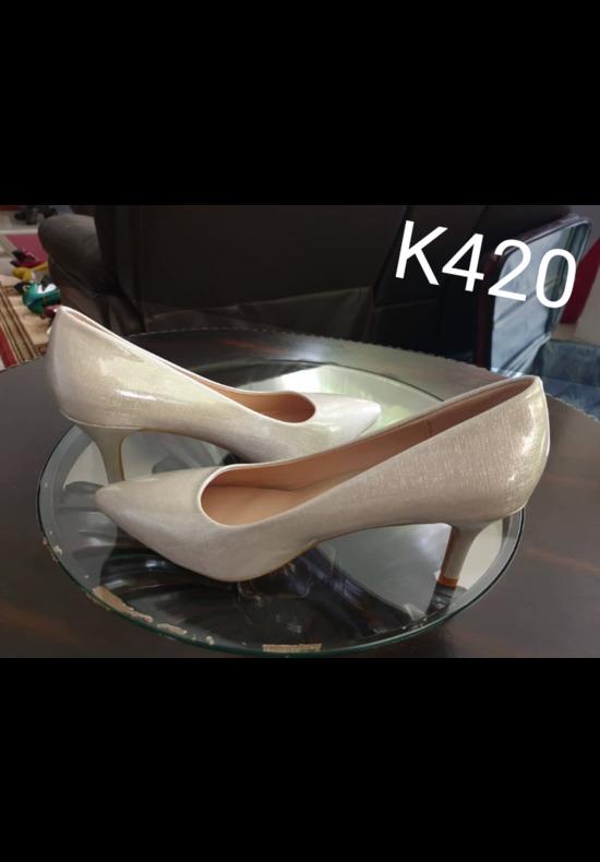 Ladies classy mini stilletos heels.