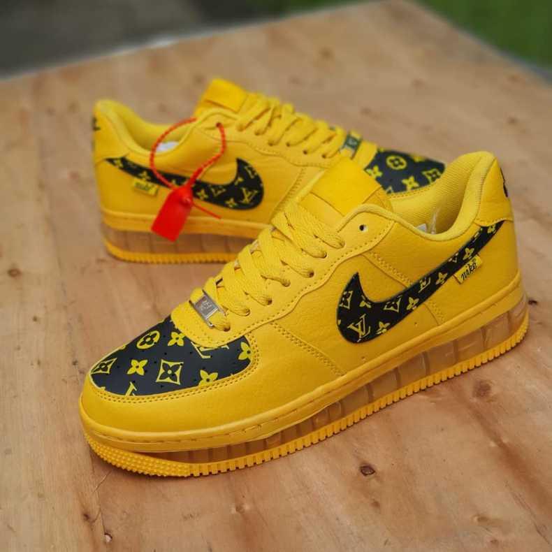 Classic Nike Air, Jordan, Addias Shoe's 🔥🔥